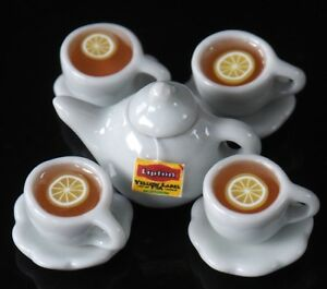 DOLLHOUSE MINIATURES 4 CUPS OF HOT LEMON TEA FOOD SUPPLY DECO BEVERAGE DRINK