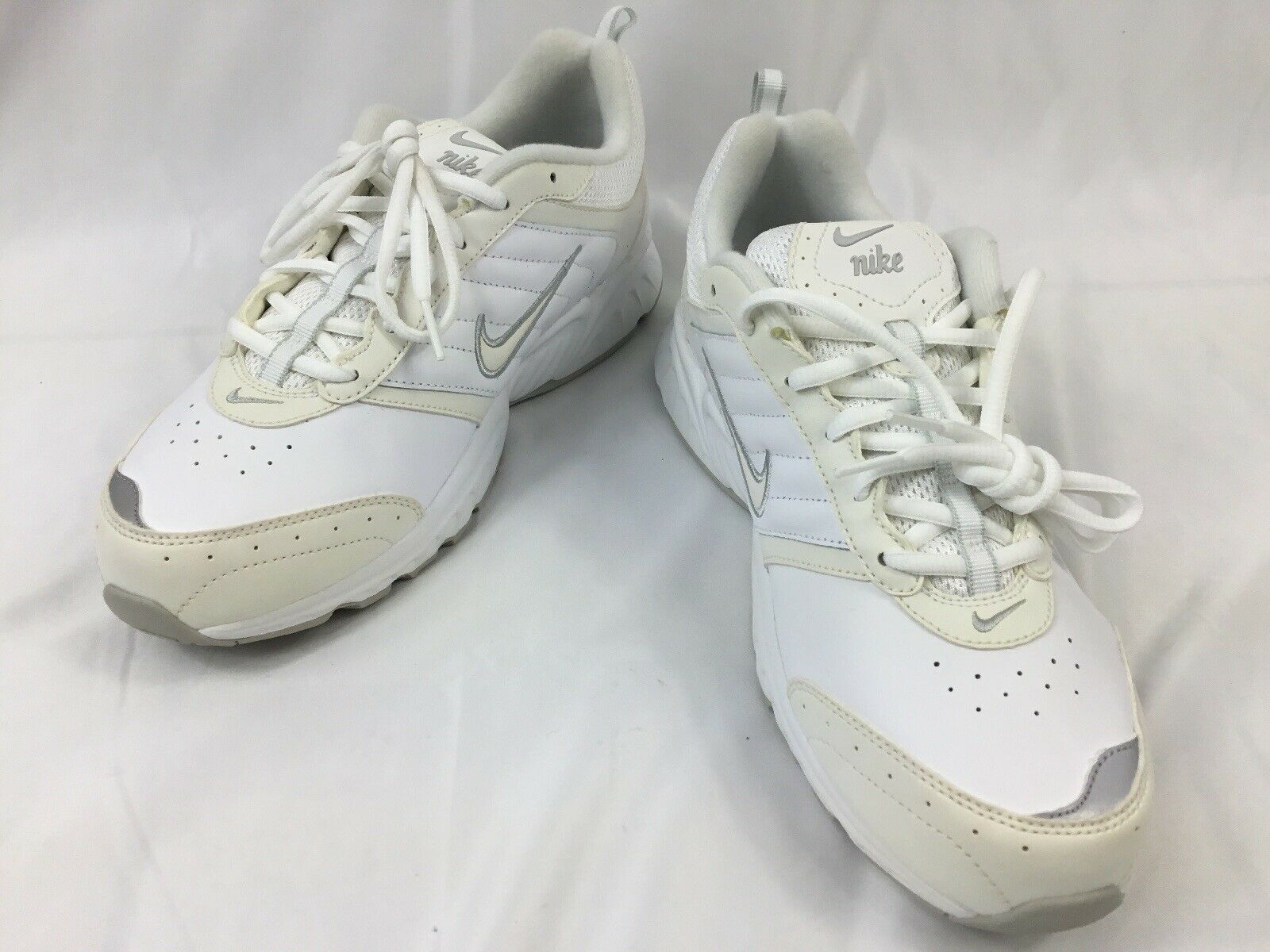 Nike View II Rolling Rail Men's Sneakers Walking shoes Size 9 White 318234-111
