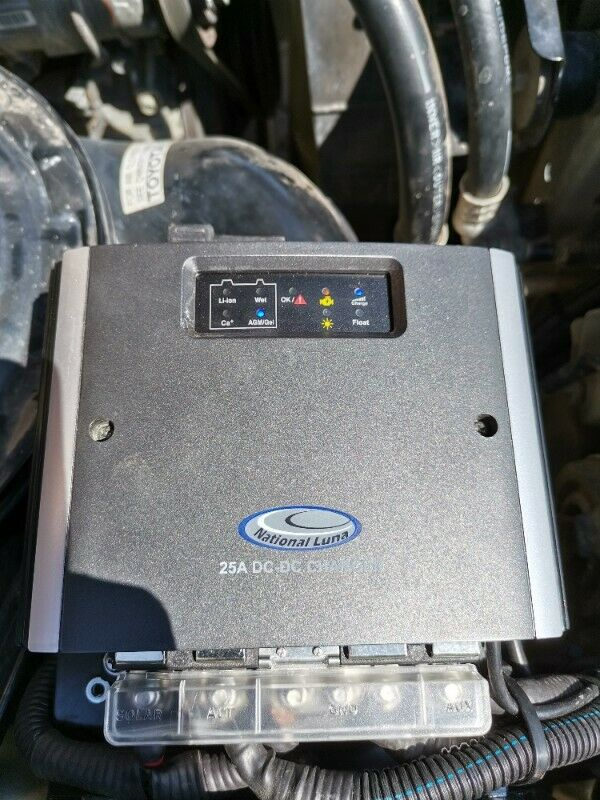 Land cruiser Dual battery system