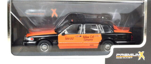 1996 Lincoln Town Car Taxi 1 43rd Scale Diecast Ebay