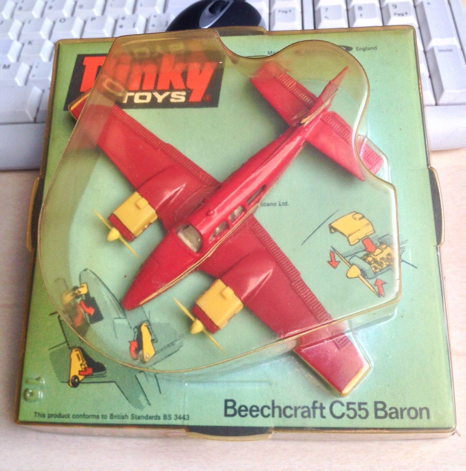 DINKY TOYS Beechccraft C55 Baron never opened