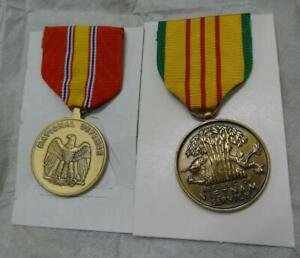 Vietnam Campaign National Defense and Service Medals with 1 star clutch back