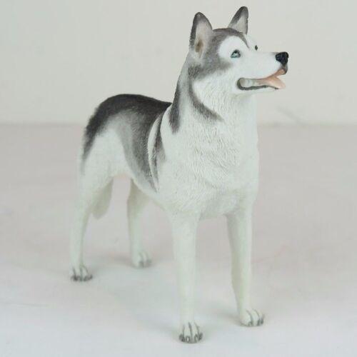 "Collectible Figurine Miniature 6/""L New in box Siberian Husky Dog"