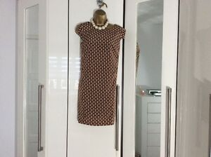 Ladies-NEW-M-amp-S-dress-Size-12-PETITE