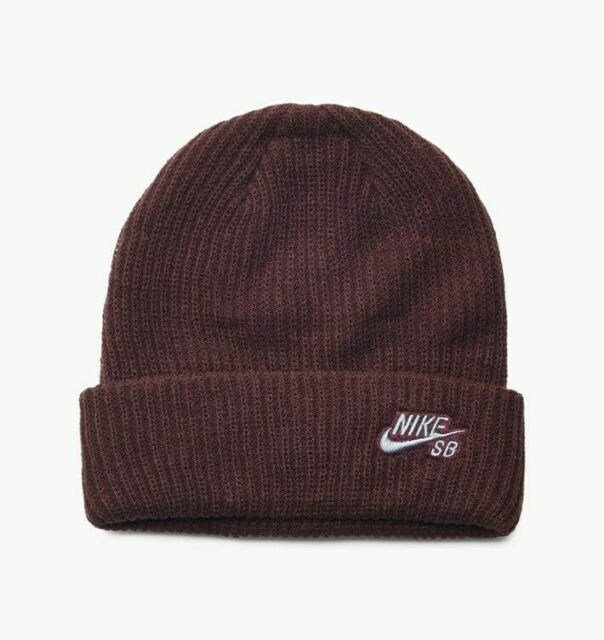 Buy Nike Mens SB Nike Fisherman Skull Cap Beanie Burgundy Crush ... ca5b61dc981