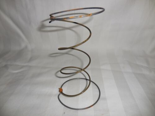 "PRIMITIVE Lot of 10 6/"" Light Rust Bed Springs hour glass Steampunk Craft Nodder"