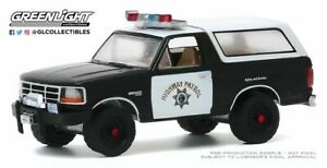 A-S-S-Nouveau-Greenlight-1-64-FORD-BRONCO-1995-California-Highway-Patrol-Series-35
