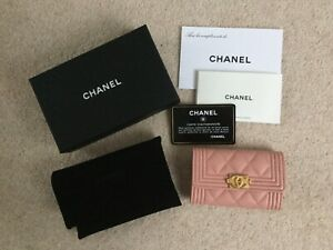 Chanel-Boy-O-Card-holder-pink-grained-calfskin-with-distressed-gold-hardware