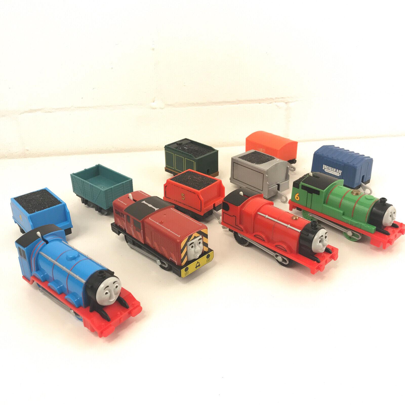 Thomas Train Lote en movimiento con pilas orientados trenes Salty Percy + más Juguete3