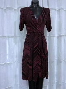 Small-SOMA-Womans-Burgundy-Geometric-Print-V-Neck-Dress