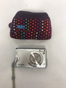Fujifilm-FinePix-F-Series-F20-6-3MP-Digital-Camera-Silver-Tested-And-Working