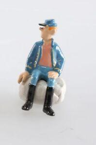Figurine métal Tuniques Bleues (Les) Soldat assis main droite par terre uniforme