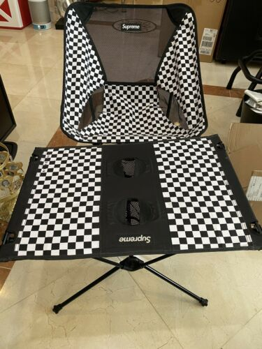 SUPREME Helinox 16SS Ultralight Table Folding Table and chair combo pre-owned