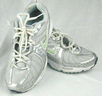 Final cine Leo un libro  Nike Air Vitality Walk Metallic Silver Walking Shoes 350453-041 Womens Sz 8  | eBay