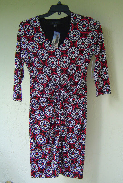 NWT KAREN KANE  WHITE RED FLORAL PLEATED CAREER DRESS SIZE M $108