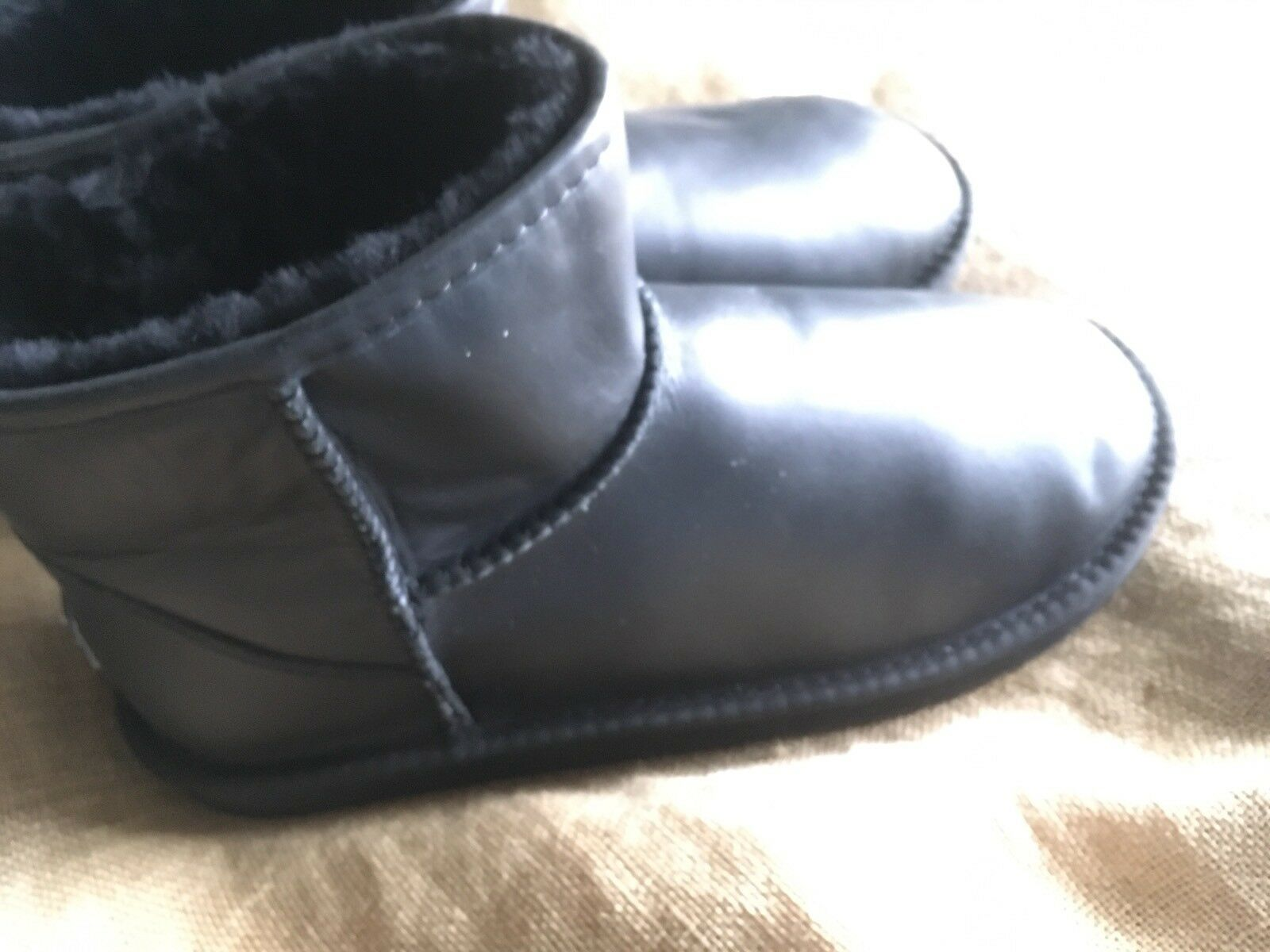 New Australia Luxe Collective X-Short X-Short X-Short Black Sheepskin Bootie Size 11  185 2dc2ae