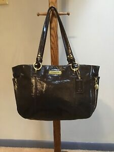 Coach-L-Gallery-Mahogany-Brown-Patent-Leather-East-West-Shoulder-Tote-Bag-F20431