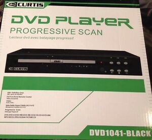 Compact-DVD-Player-with-Full-Function-Remote-Control-Progressive-Scan-500-Lines