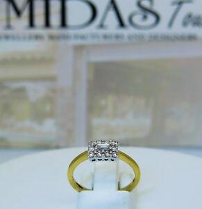 18-carat-white-diamonds-cluster-ring