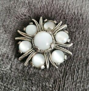 Vintage-MIRACLE-small-Brooch-Celtic-Scottish-Pin-milky-Stones-silvertone-vtg