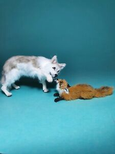 OOAK-Realistic-034-best-friends-034-wolf-with-a-fox-Dollhouse-Handmade-IGMA-ARTISAN