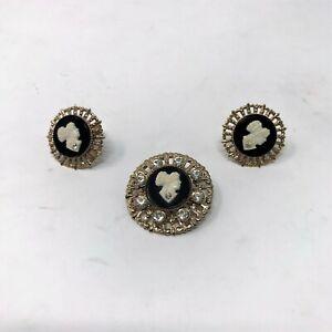 Vintage-Black-amp-White-Cameo-Brooch-amp-Screw-Back-Earrings-Filigree-Rhinestones