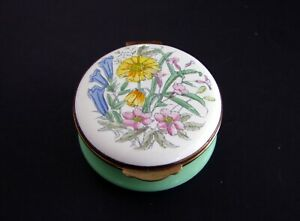 Crummles-amp-Co-Collectible-Enamel-Hinged-Trinket-Box-Floral-Design-England