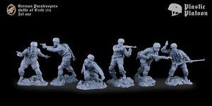 Soldatini di Plastic Platoon Paracadutisti tedeschi Battaglia di Creta 1/32
