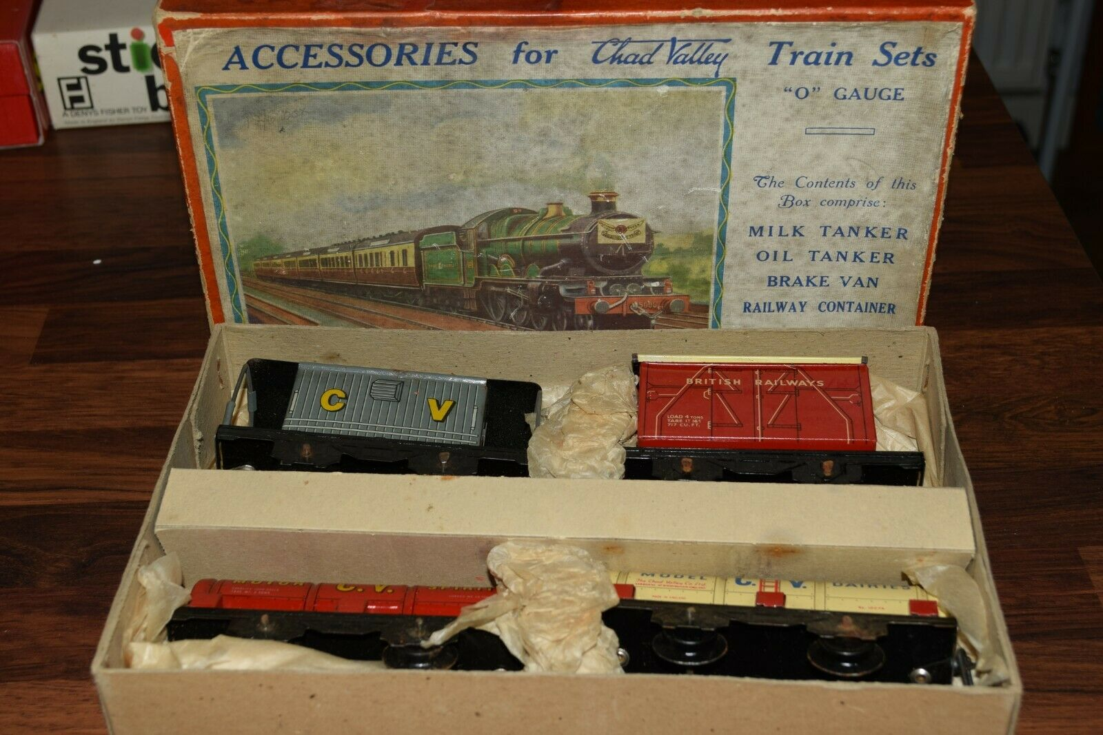 Chad Valley O 10090 Four wagon Set Tankers,Container,Brake Van c1951 n mint box