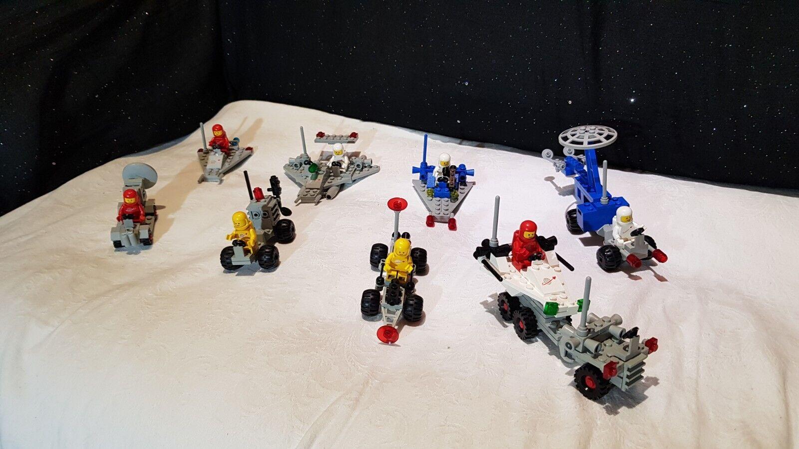Lego vintage classic space  8 sets  A 100%