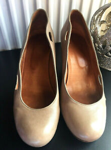 CHIE-MIHARA-PALE-TAUPE-100-LEATHER-COURT-HEELS-SIZE-EUR-41-UK-8