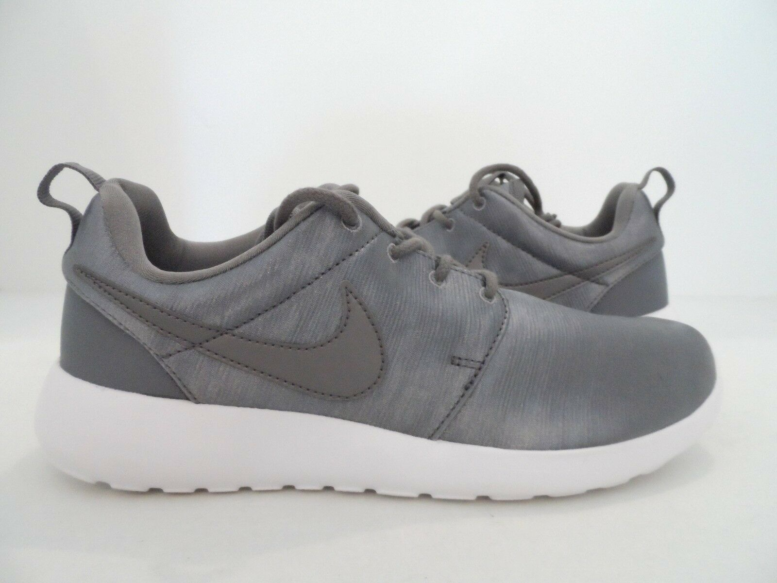 e1ba1f9dcc1a1 Nike Women s Roshe One PRM Running Shoes Smoke Gray White Gray White Gray  White Size 7 6960c6
