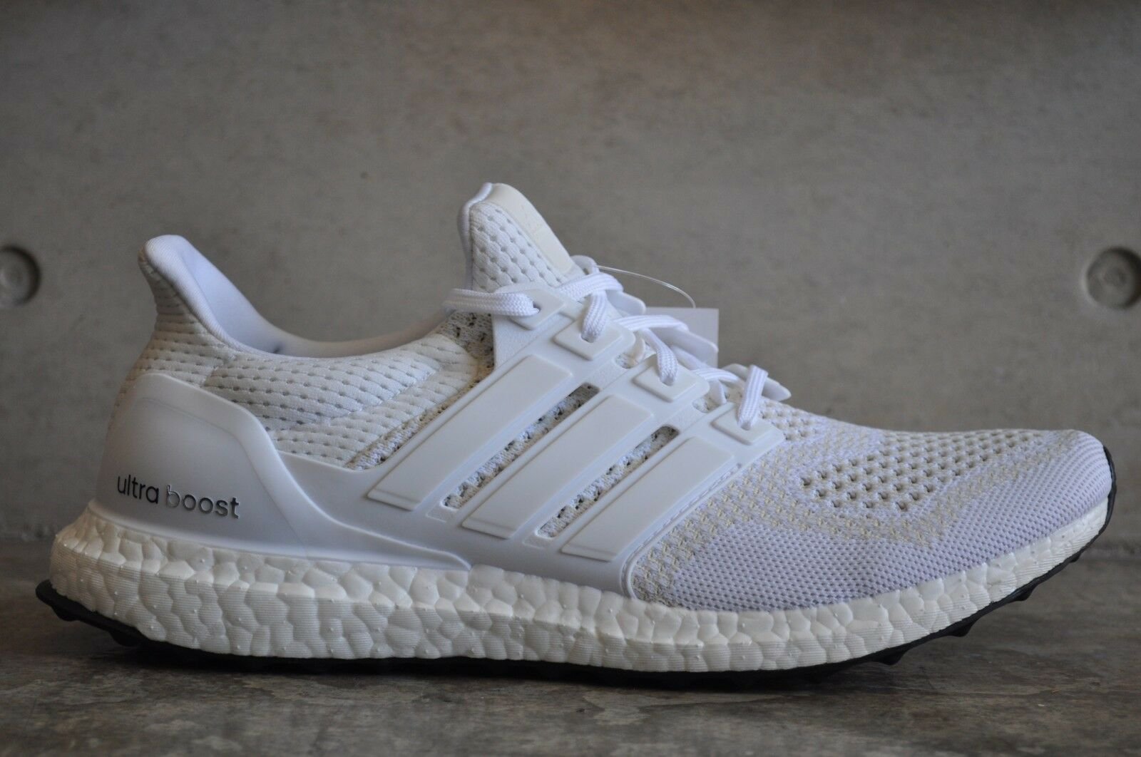 374101f0ac52d adidas Ultra Boost Triple White 1.0 S77416 7 UK 40 2 3 EUR 7.5 US ...