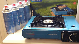 Campingaz-BistroPortable-Gas-Stove-plus-4-8-or-12-Campingaz-CP250-Gas-Cannister