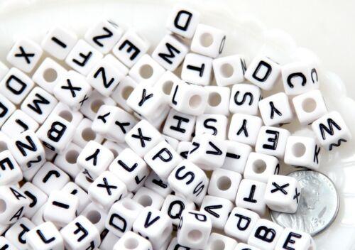 100 Perles Alphabet Blanche Ecriture Noir 8mm Acryliques Lettre Aléatoire Creati