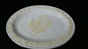 Festive Turkey Platter Creme/Yellow/Off-White Colored / Pre-Owned