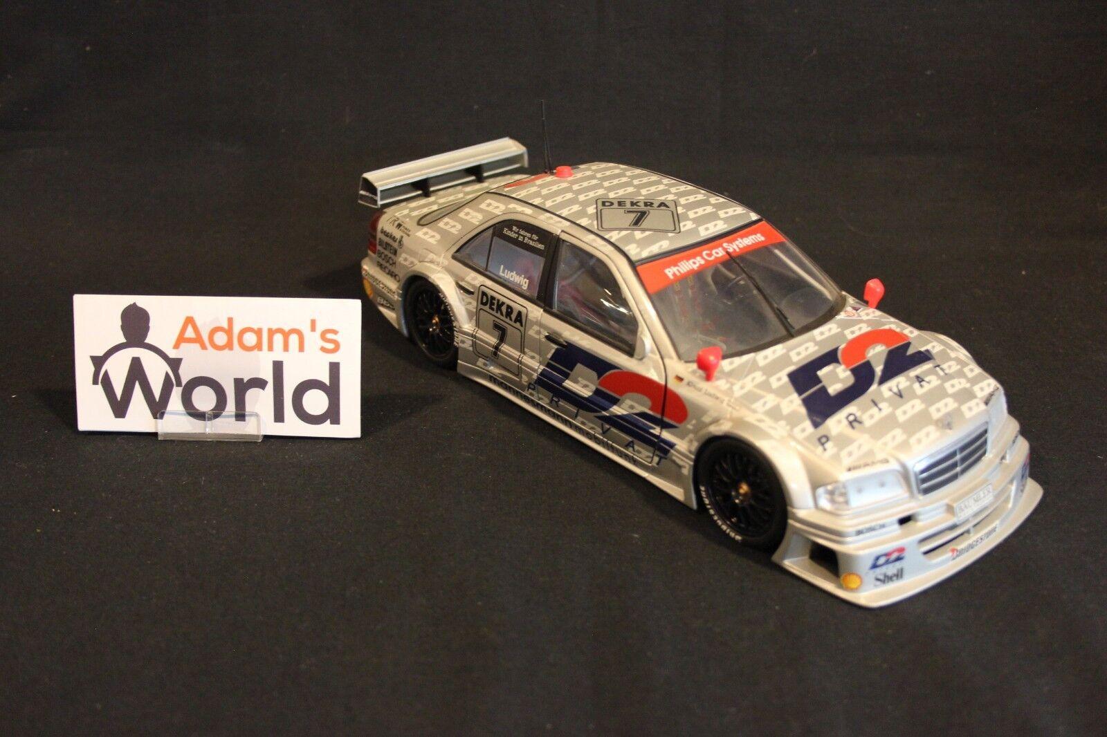 UT Models Mercedes-Benz C-Class DTM 1994 1 18  7 Klaus Ludwig (GER) (MM1)