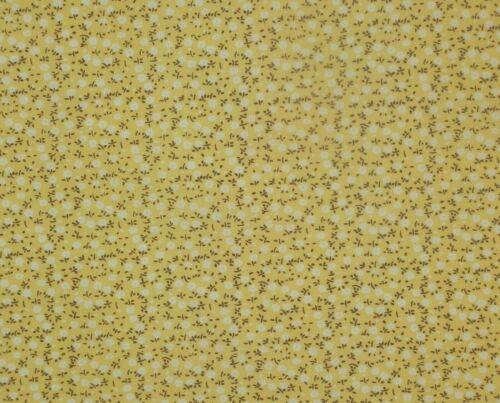 Cute Small Floral Daisy Design Tissue Cotton Fabric