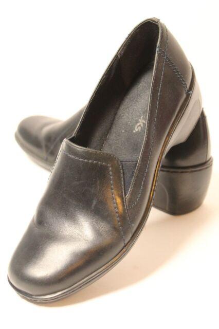 833847b4ded0e Clarks Women Black Leather Wedge Heel Slip on Loafer Size 7 M Made in Brazil