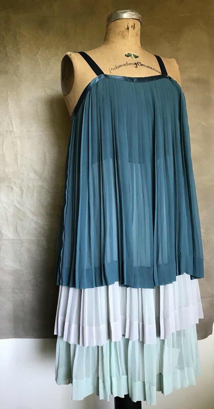 Anthropologie Girls From Savoy Dress Grün Mint Tierot Accordion Ruffle BAYAN 6