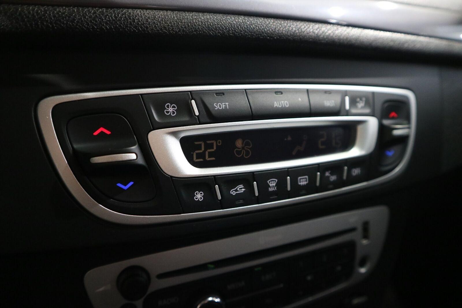 Renault Megane III 1,5 dCi 110 Expression Sport Tourer - billede 6