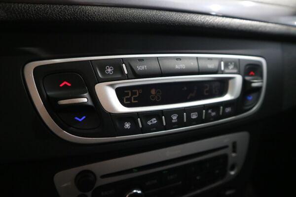 Renault Megane III 1,5 dCi 110 Expression Sport Tourer billede 6