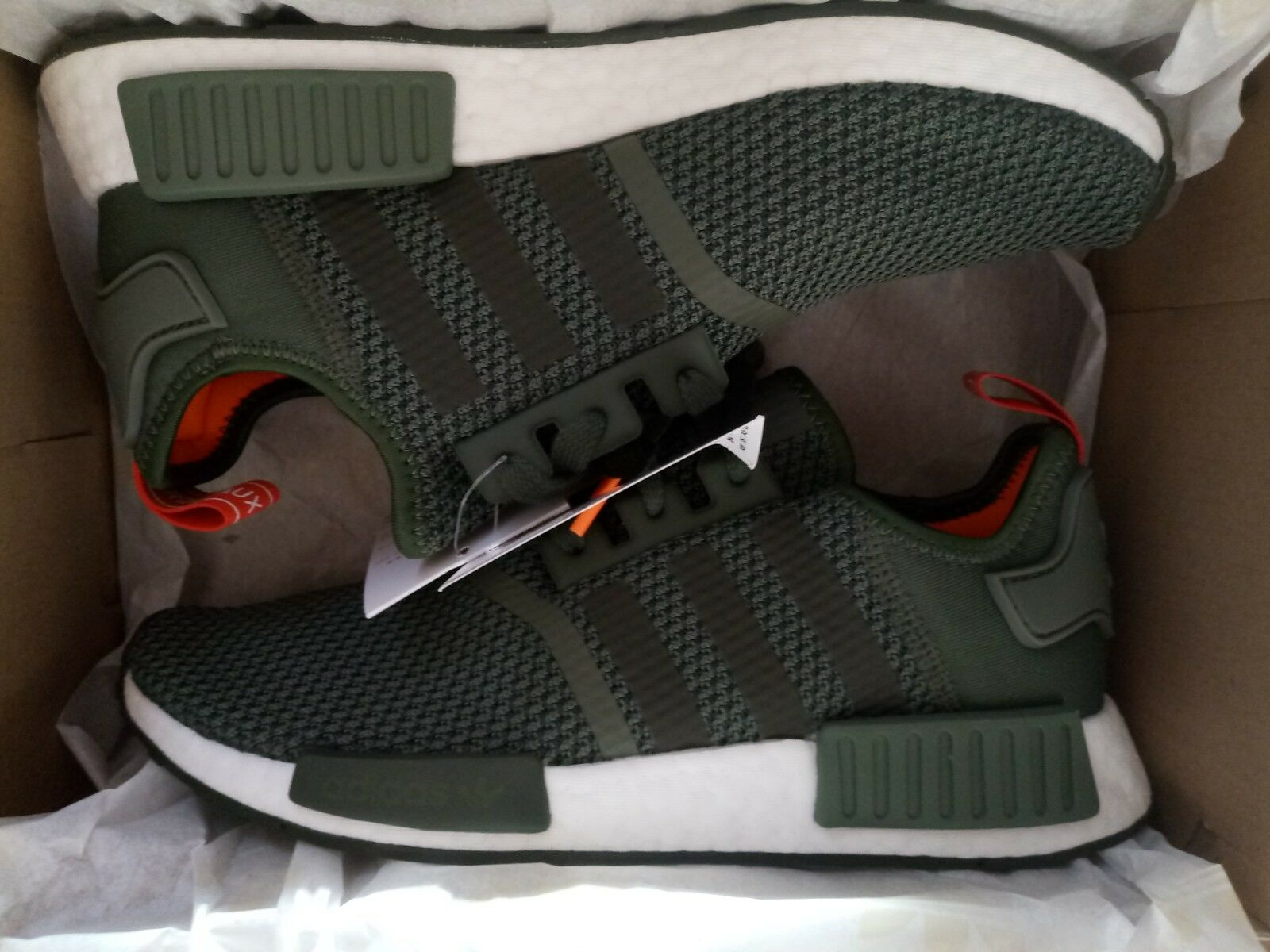 ADIDAS B37620 NMD R1 RUNNER ONE KAKIE SHOES