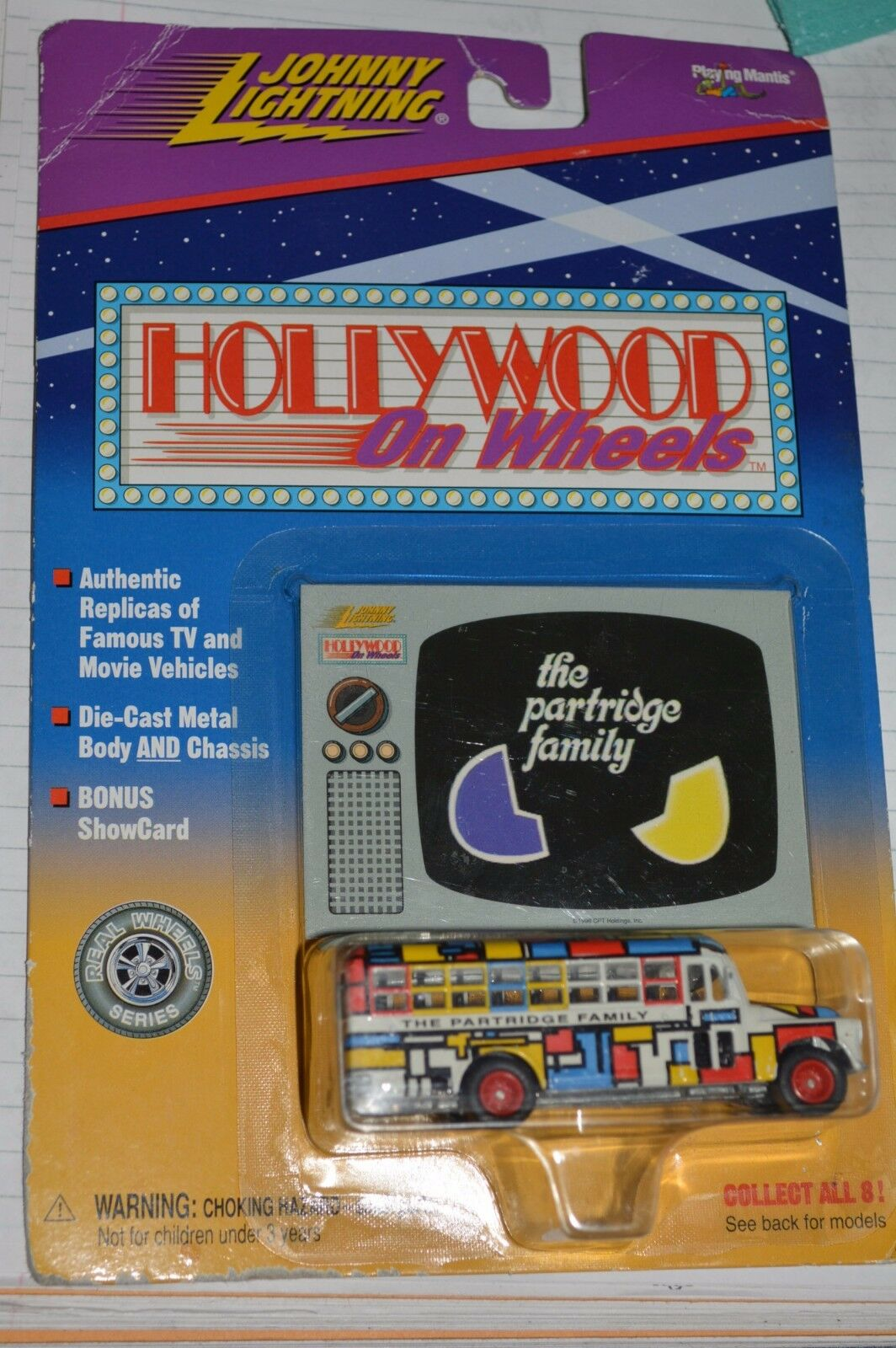 NEW NEW NEW OLD SEALED Johnny Lightning DIE CAST The Partidge Family Bus TV vehicle 0783e6