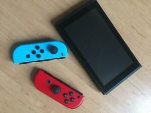 New-Nintendo-Switch-v2-with-improved-battery-Neon-Blue-Red