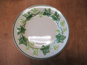 """Franciscan IVY CA USA Dinner Plate 10 3/8"""" Green Ivy 1 ea    1 available"""