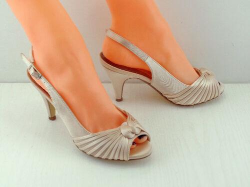 Pale Gold Champagne Satin Shoes Interwoven Swirl Slingback 3.5/' Heel
