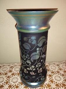 FENTON-Favrene-DON-Fenton-Memorial-Art-Glass-Vase-At-Woodland-039-s-Edge-2003