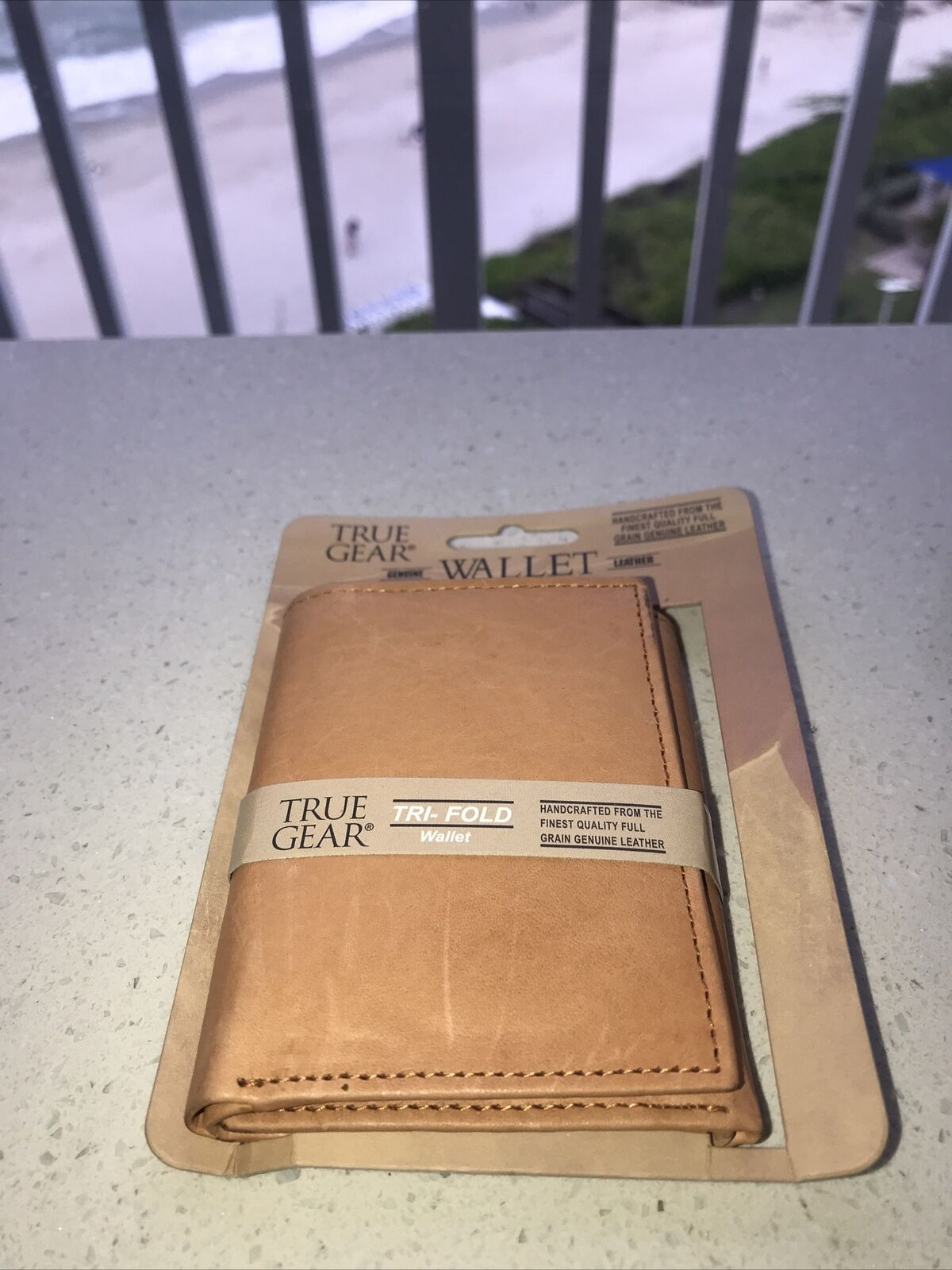 TRUE GEAR GENUINE LEATHER WALLET (New with Box) Light Carmel Color