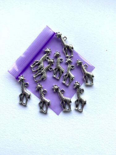 * Pack De 10 * Tibetan Silver Girafe Charms